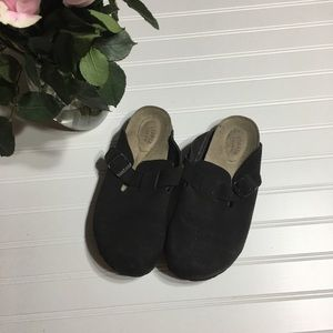 Slide in shoes size 9 1/2